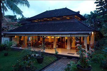 Champlung Sari Hotel
