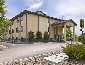 Super 8 Motel - Peterson AFB
