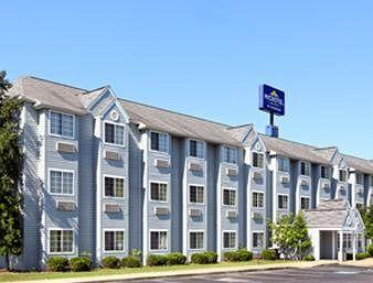 ‪Microtel Inn by Wyndham Bowling Green‬
