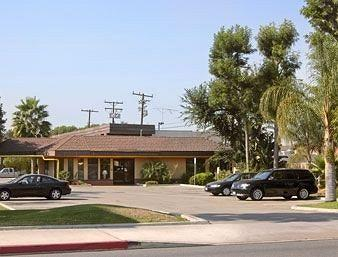 ‪Super 8 Costa Mesa / Newport Beach Area‬