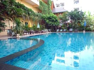 Photo of Opey De Place Hotel Chon Buri