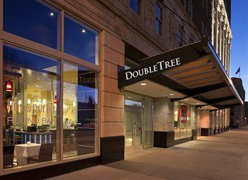 ‪Doubletree by Hilton Detroit Downtown - Fort Shelby‬
