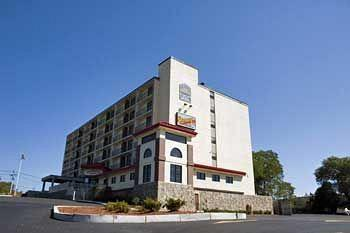 BEST WESTERN TLC Hotel