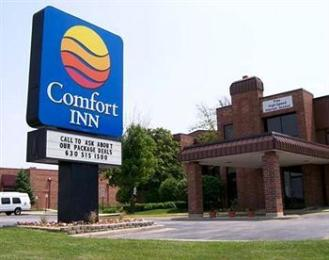 ‪Comfort Inn Downers Grove‬