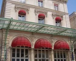 Hotel Kyriad Paris 10