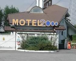 Motel 2000