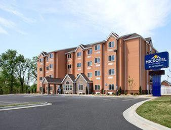 ‪Microtel Inn & Suites by Wyndham Tuscumbia/Muscle Shoals‬