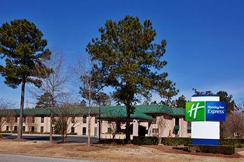 Photo of Holiday Inn Express Moncks Corner