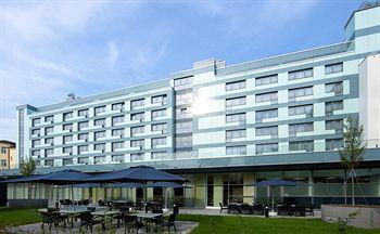 ‪Park Inn by Radisson Linz‬