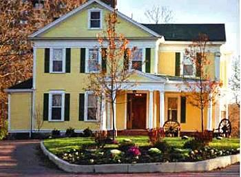 Photo of Six Acres Bed & Breakfast Cincinnati