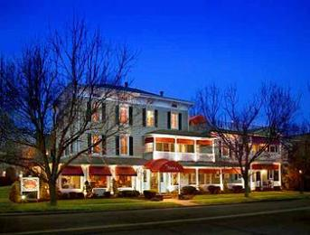 Chateau Inn & Suites
