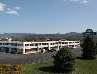 ‪Days Inn Waynesboro‬