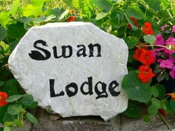 Swan Lodge Country House