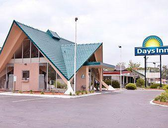 ‪Days Inn Perry‬