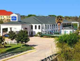 Baymont Inn & Suites Ennis