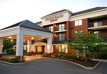 ‪Courtyard by Marriott Newport News Yorktown‬