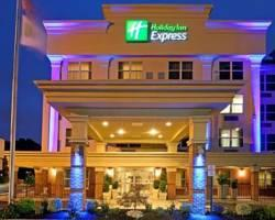 Holiday Inn Express Woodbr