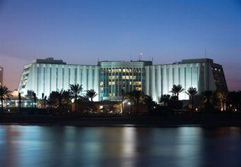 Ritz-Carlton Bahrain Hotel & Spa