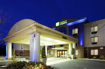 Photo of Holiday Inn Express Charles Town Ranson
