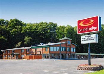 Photo of Econo Lodge Lakeside Marquette