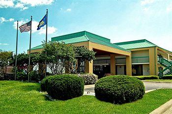 Photo of Best Western Flagship Inn Moss Point