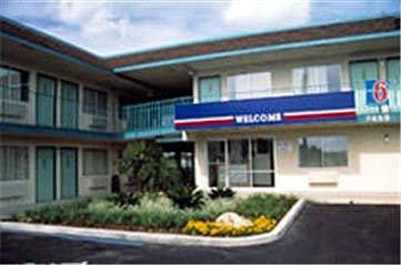 Motel 6 Riverside West