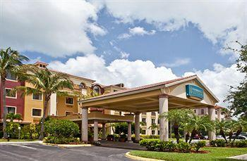 Photo of Staybridge Suites Naples