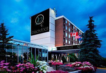 Photo of Hotel Blackfoot Calgary