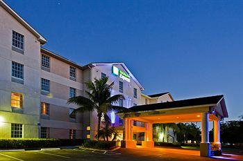 ‪Holiday Inn Express Bonita Springs‬