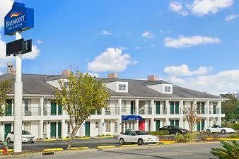 ‪Baymont Inn & Suites Waycross‬