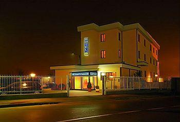 Photo of Hotel Majestic San Giuliano Milanese