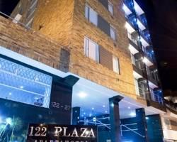 122 Plaza Apartahotel