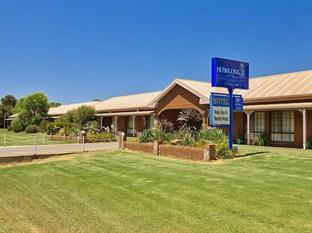 Howlong Country Golf Club & Motel