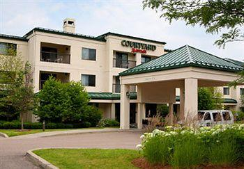 Courtyard by Marriott Burlington Taft Corners