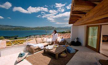 Relais Villa del Golfo &amp; Spa