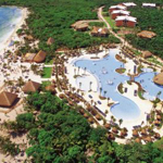 Grand Palladium Colonial Resort & Spa Photo