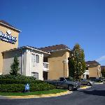 HomeStead Suites, Linthcum -1