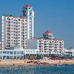 ‪Holiday Inn Sea View Qinhuangdao‬