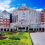 Loong Palace Hotel & Resort