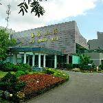 Jade Emperor Hotel