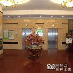 GreenTree Inn Wuxi East Renmin Road Express Hotel