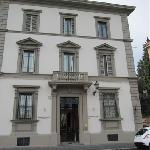  Serristori Palace