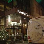 Photo of Sheraton LaGuardia East Hotel