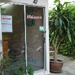 Photo de Baan Nitra Guesthouse Patong
