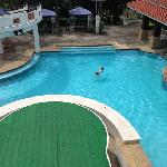 Evergreen Resort Hotel resmi