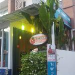 Photo de Ananas Phuket Hostel