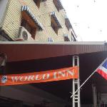 World Inn resmi
