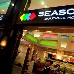 SEASONS Boutique Hotel resmi