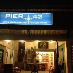 Pier 42 Boutique Resort & Spa resmi