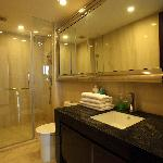 Photo de Lejiaxuan All Suites Service Apartment Qingdao Aofan Zhongxin